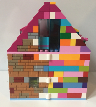 Lego house showing hinges