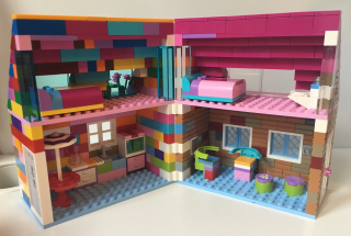 Lego hinged house  open