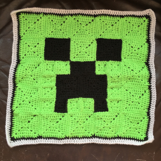 Minecraft creeper front cover 1